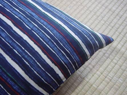 座布団カバー「藍の縞」